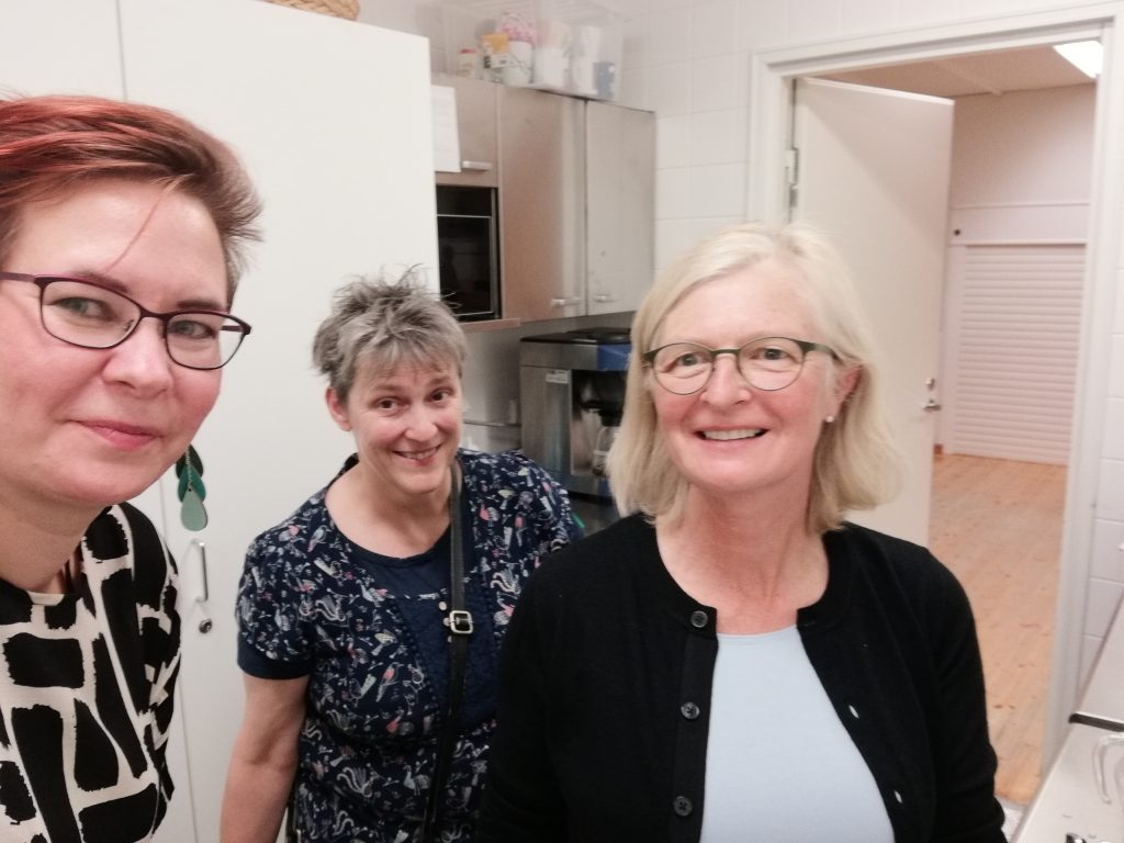 Ecumenical Council_ladies in the kitchen
